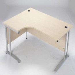 Arista 1600mm Radial Desk Right Hand Maple