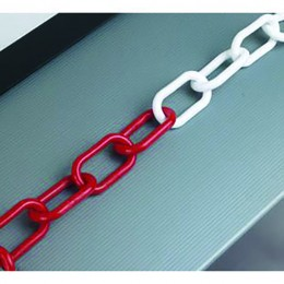25m 8mm Thick Plastic Chain Red and White